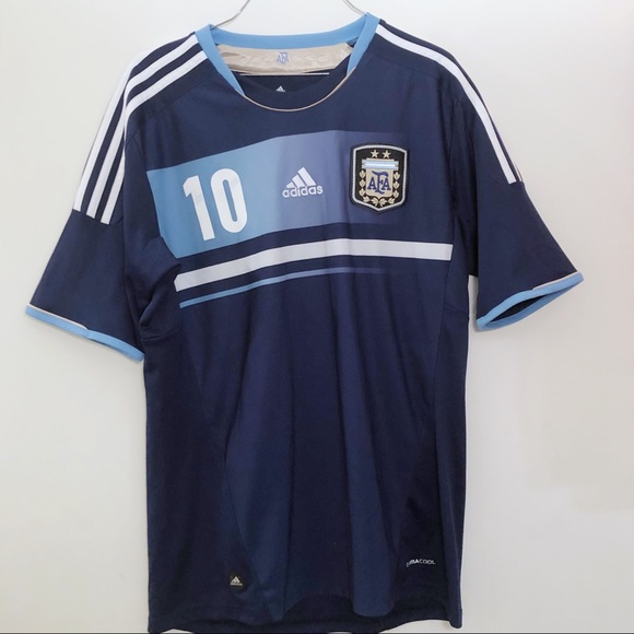 differently c5b83 93028 Lionel Messi Adidas Soccer Jersey